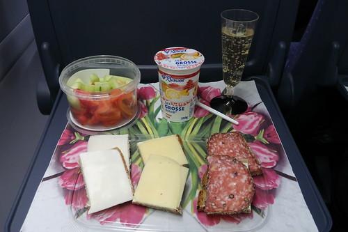 Mittagsimbiss im ICE (auf der Fahrt von Hannover nach München)