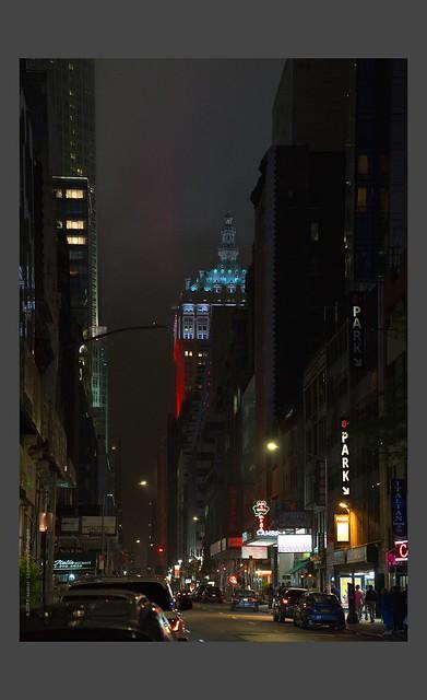 Le silence lumineux de Times Square ...