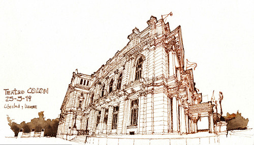 Plaza Lavalle / Lavalle Square: