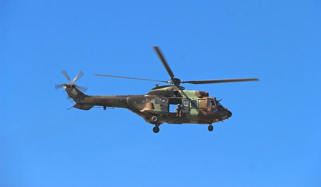 AS-532UL Cougar, FAMET. Vuelos de ensayo previos al desfile aereo y a exhibiciones de unidades militares, con motivo de la celebración del día de las Fuerzas Armadas en Sevilla, 1 de Junio 2019.