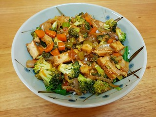 Slivered 'Seitan' and Vegetable Stir-Fry