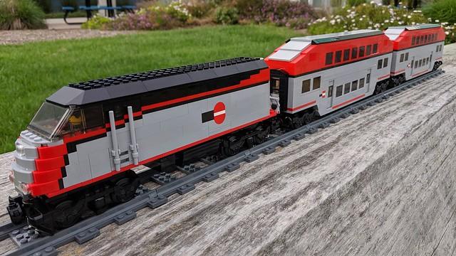 Lego Caltrain Bombardier Trainset