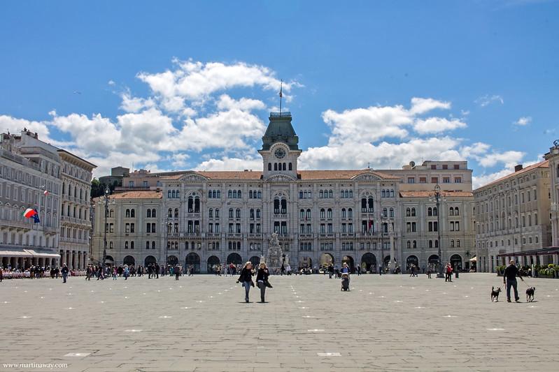 Municipio in Piazza Unità d'Italia