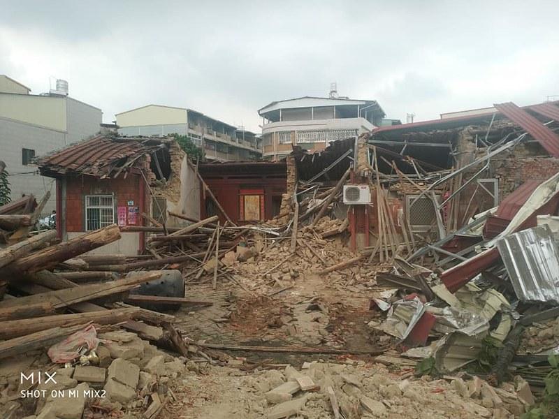 仁武160年劉氏新厝在文資審議前遭所有權人突襲拆除。圖片來源:劉家子孫提供。
