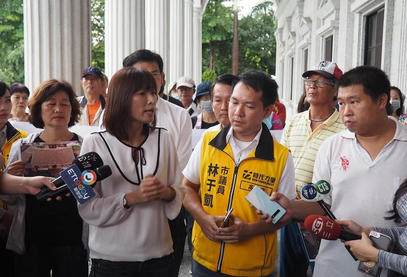 文化局副局長林尚瑛表示,劉家古厝是在進入列冊追蹤的審議前遭拆,不具法定文資保護身分。攝影:李育琴。