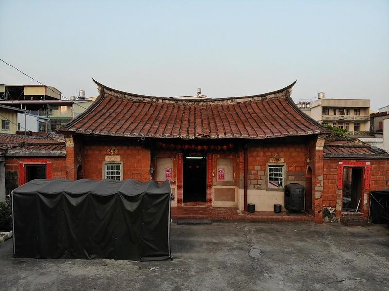 仁武劉氏新厝結構和裝飾完整,保留百年傳統建築特色。圖片來源:劉家子孫提供。