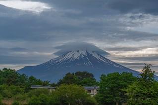 Kasagumo (Lenticular Cloud)