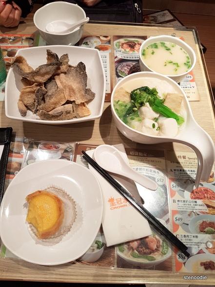 Crown Cafe Hong Kong food