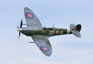 Spitfire IX MH434
