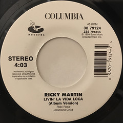 RICKY MARTIN:LIVIN' LA VIDA LOCA(LABEL SIDE-A)