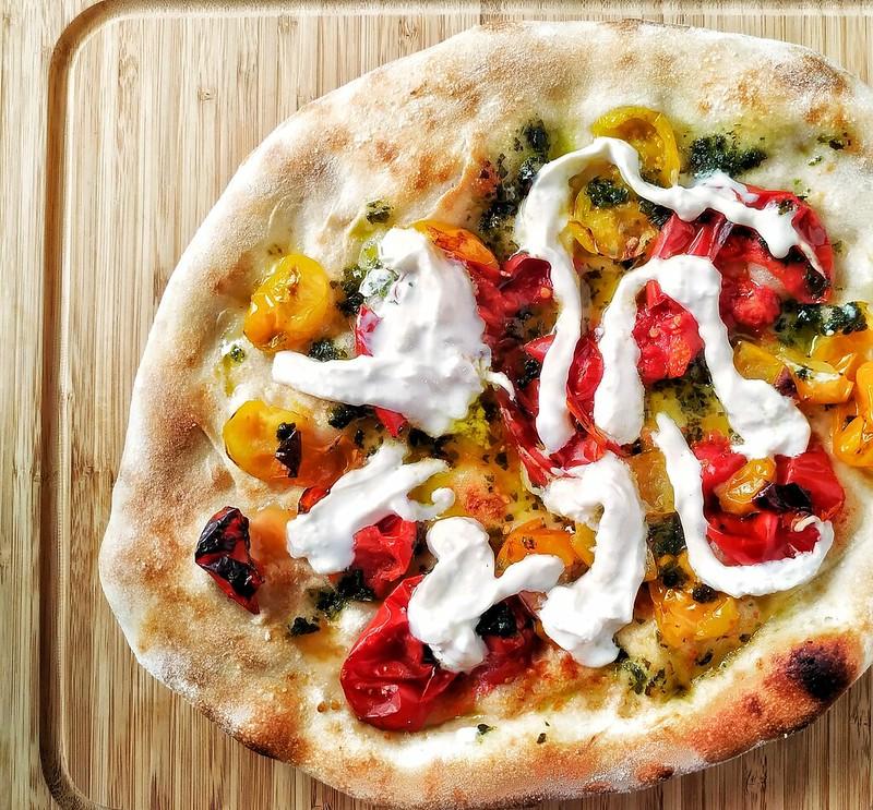 "pizza ""mediterraneo"""