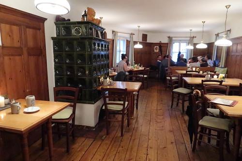 Oberer Gastraum im Salzburger Wirtshaus Bärenwirt