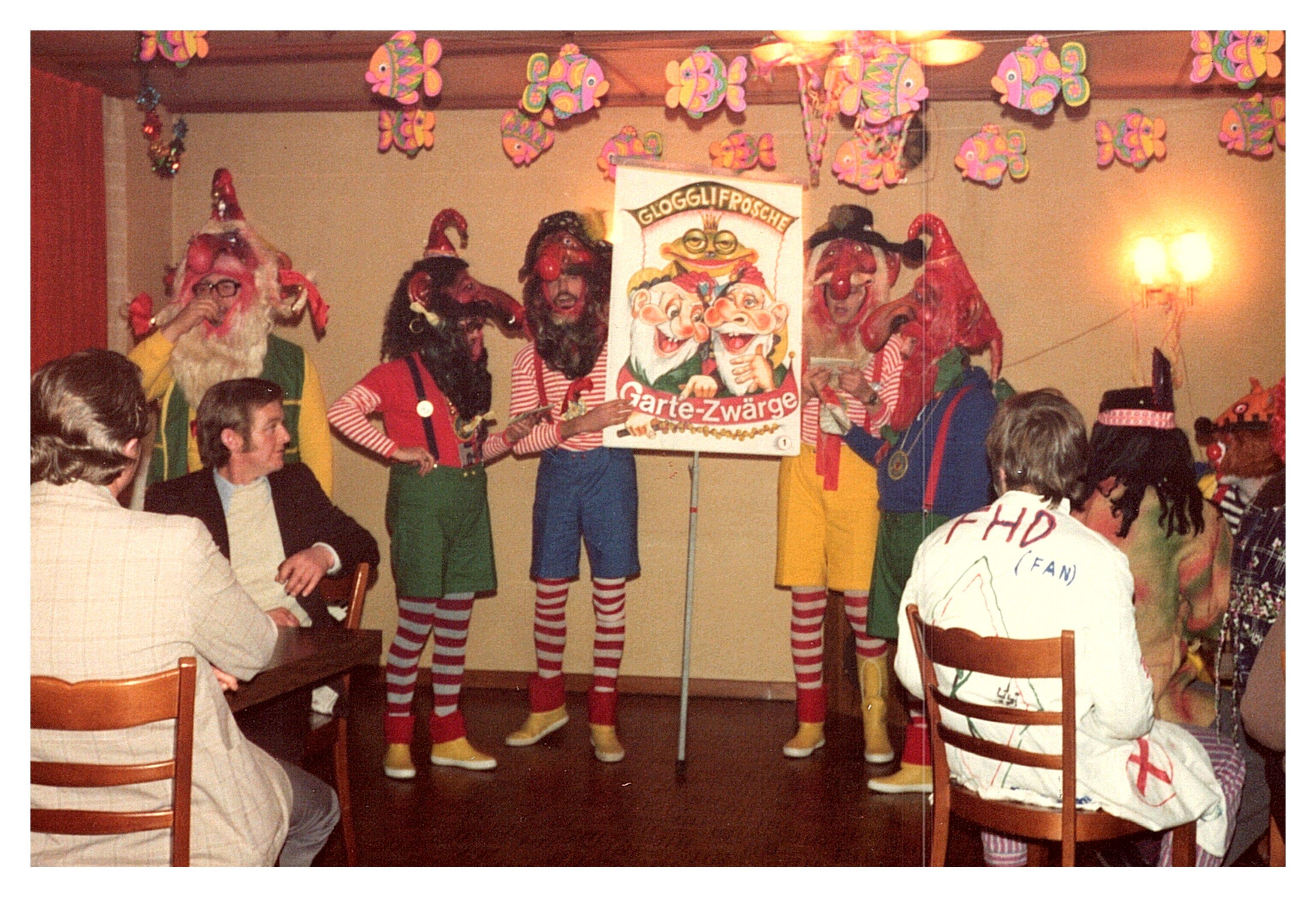 1975 Singfrösche