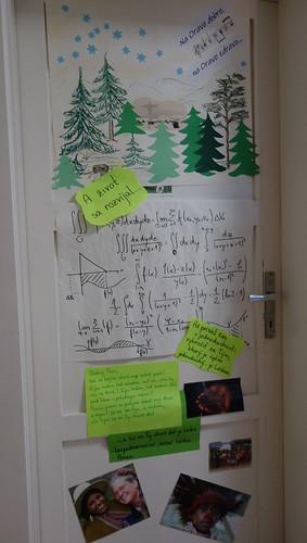 03 - matematicko-oravská výzdoba izby.M