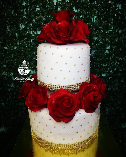 Edible Roses & Quilts Inspired from Danica Magtoto of Sweetstuff by Nica Cakes & Cupcakes