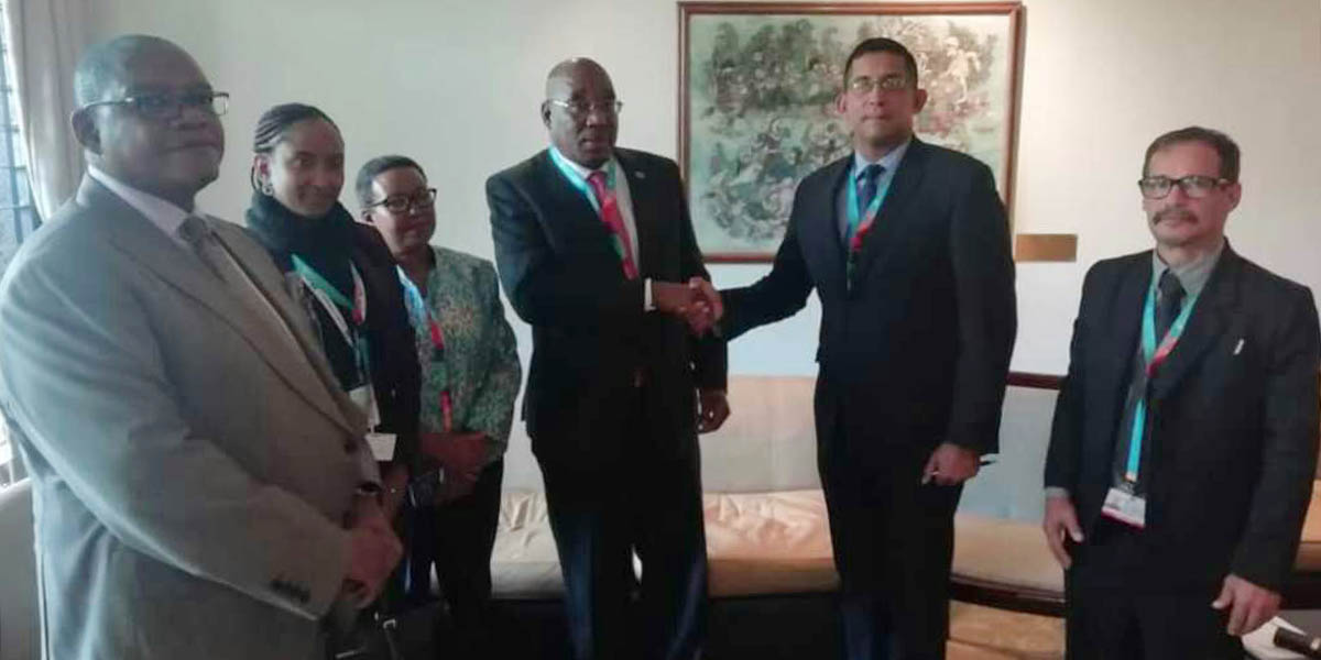Ministro Villarroel sostiene reuniones bilaterales en la Primera Asamblea de ONU Hábitat