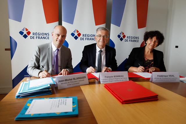 Orientation scolaire: cadre national de référence entre l'État et Régions de France