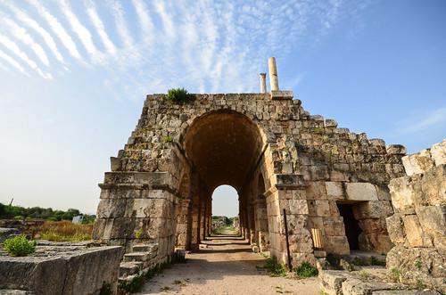 libanon lebanon liban tyre tyrus terugkeer unifil dutchbatt hippodroom hippodrome unesco museum romans renbaan strijdwagen historical site romeinen