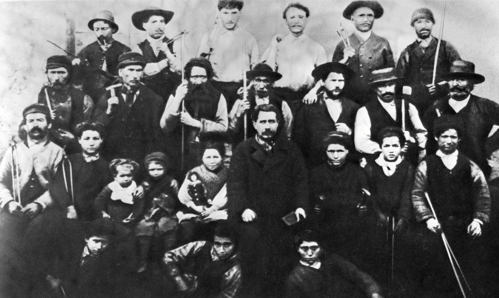 Группа парижских рабочих, присоединившихся к коммуне