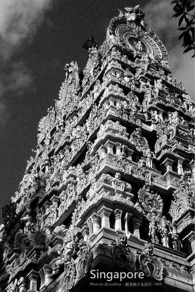 馬里安曼廟(Sri Mariamman Temple)的塔門