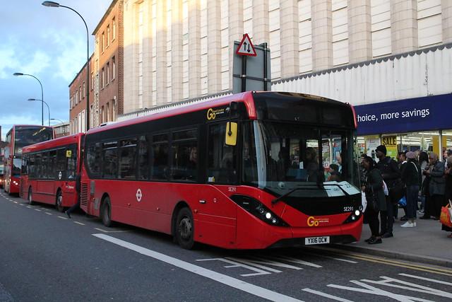 *LOAN* London Central SE291, YX16OCW - Route 225   Lewisham Centre (2)