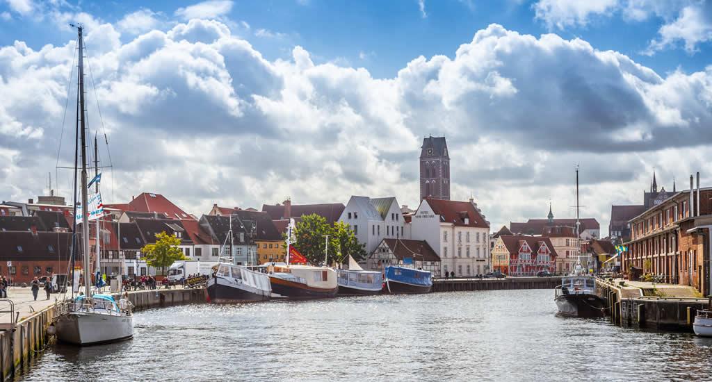 Steden in Mecklenburg-Vorpommern: Wismar. (Foto met dank aan Anibal Trejo) | Mooistestedentrips.nl