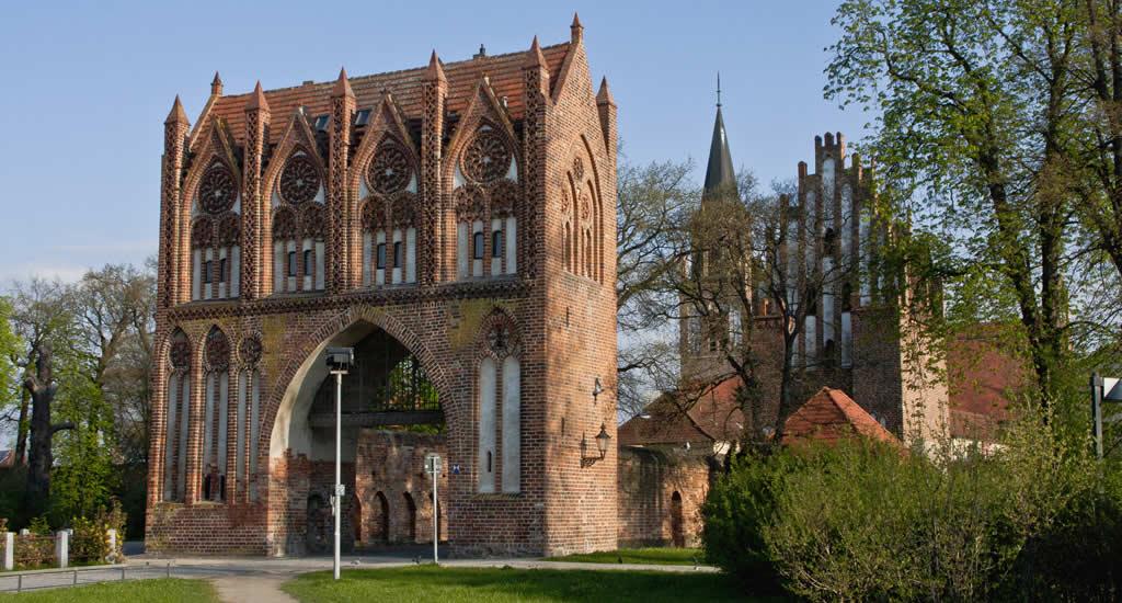 Steden in Mecklenburg-Vorpommern, Neubrandenburg Stargarder Tor. (Foto door: VZN) | Mooistestedentrips.nl
