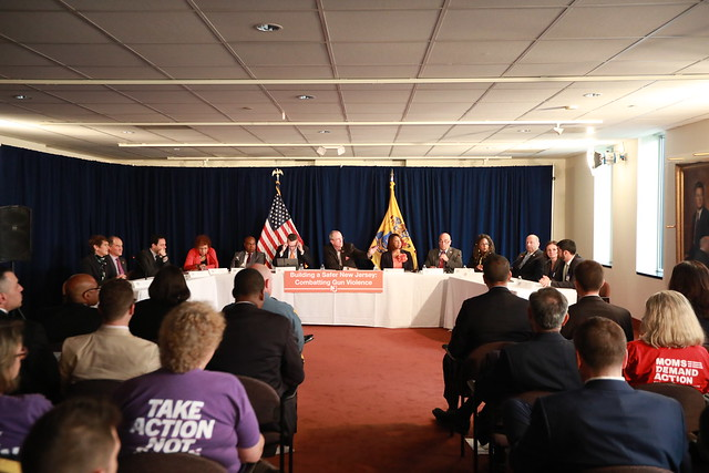 Governor Murphy, Lt Gov Oliver, and urban mayors discuss gun violence prevention on May 28, 2019 in Trenton. Edwin J. Torres/ GovernorÕs Office.