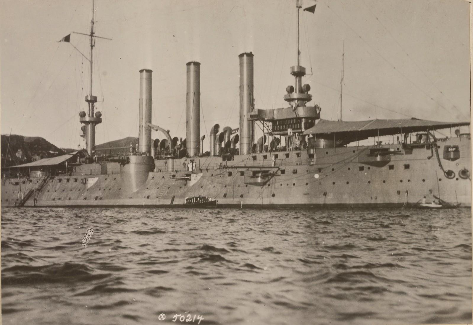 02. U.S.S. Brooklyn во Владивостокской гавани
