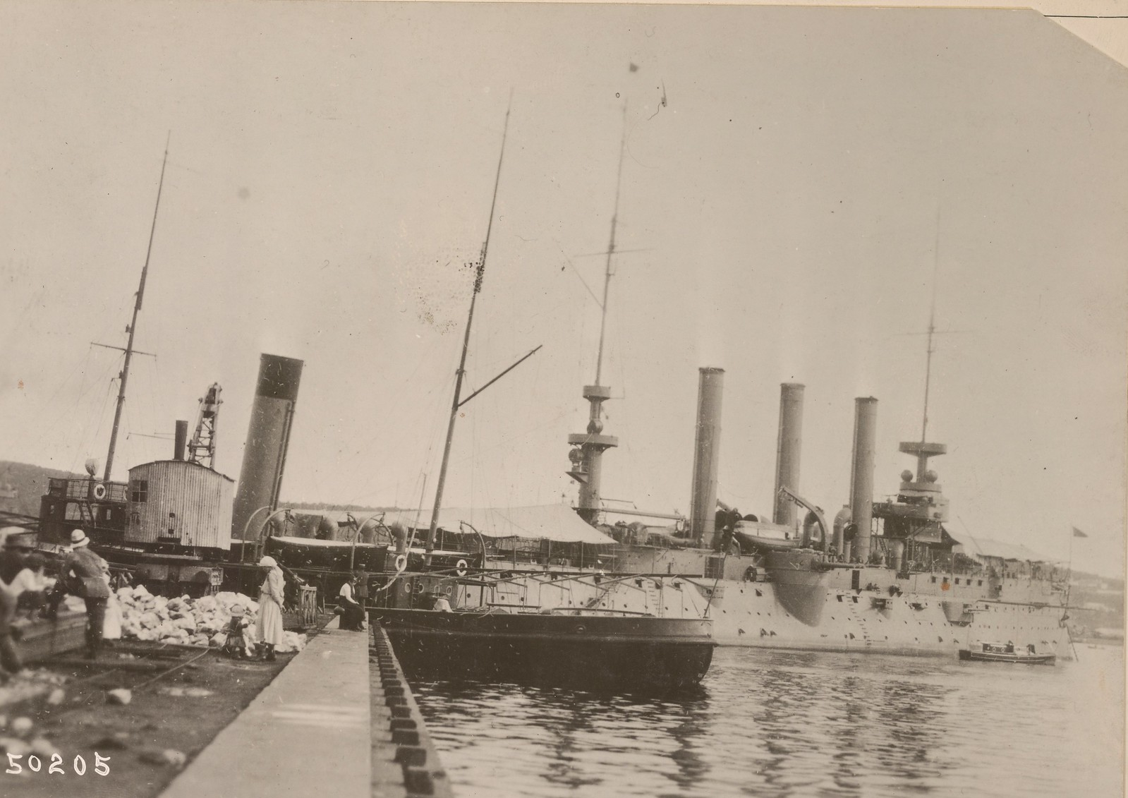 03. U.S.S. Brooklyn во Владивостокской гавани.