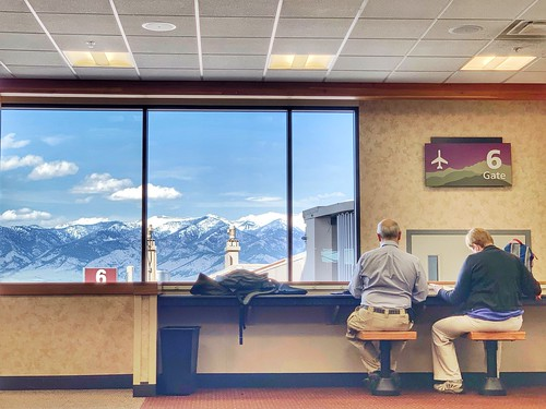 travelphotography streetphotography bozemanairport mountains roomwithaview