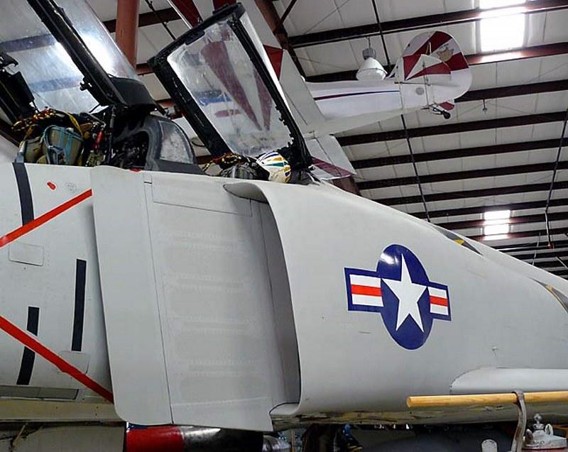McDonnelll Douglas F-4A Phantom II 00003