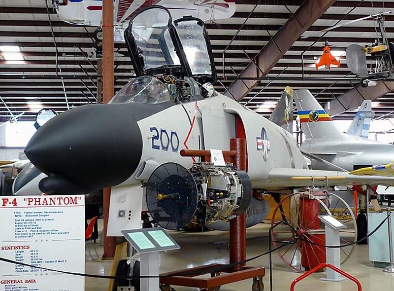 McDonnelll Douglas F-4A Phantom II 00001