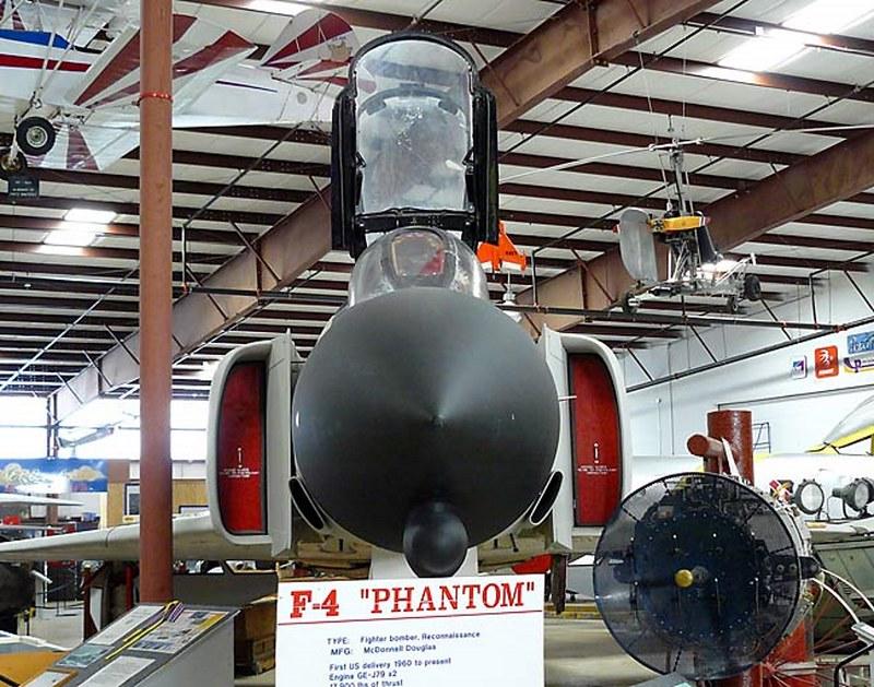 McDonnelll Douglas F-4A Phantom II 00006