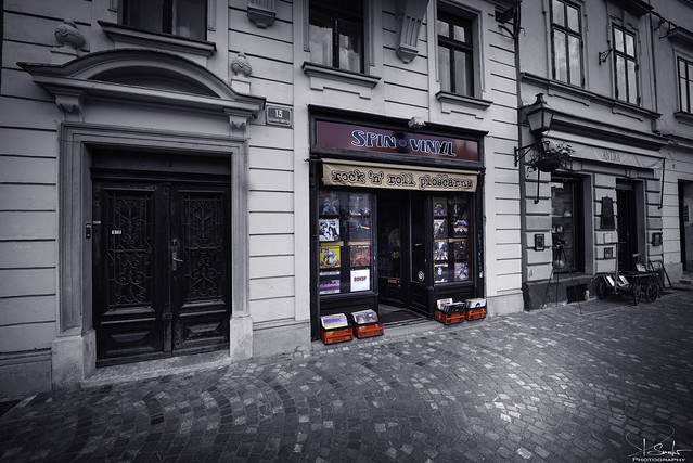 Vinyl lives - store in Ljubljana - Slovenija