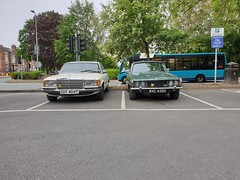 Rover 3500 and Mercedes 350SE