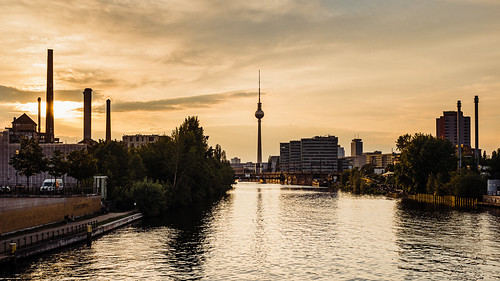 travel sunset urban berlin architecture night river germany landscape documentary spree reportage solnedgang flod x100f