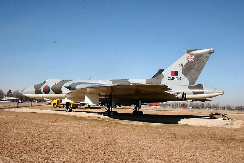 Avro Vulcan B2 (XM606) 00002