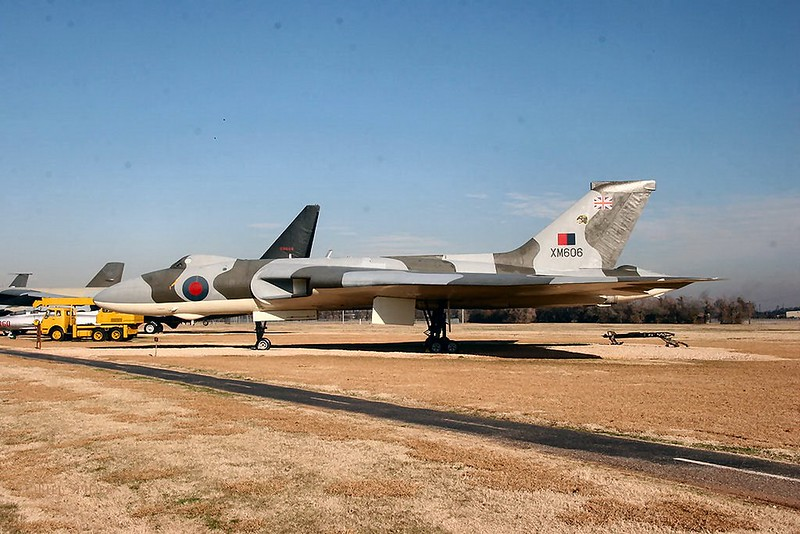 Avro Vulcan B2 (XM606) 00003