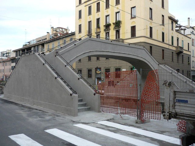 Ponte Alzaia Naviglio