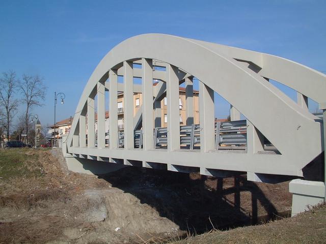 Ponte fiume Crostolo