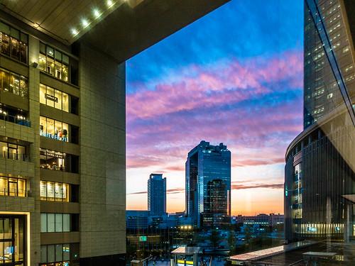 umeda umedaskybuilding sky cloud architecture building sony rx100m3 osaka osakastation japan sunset