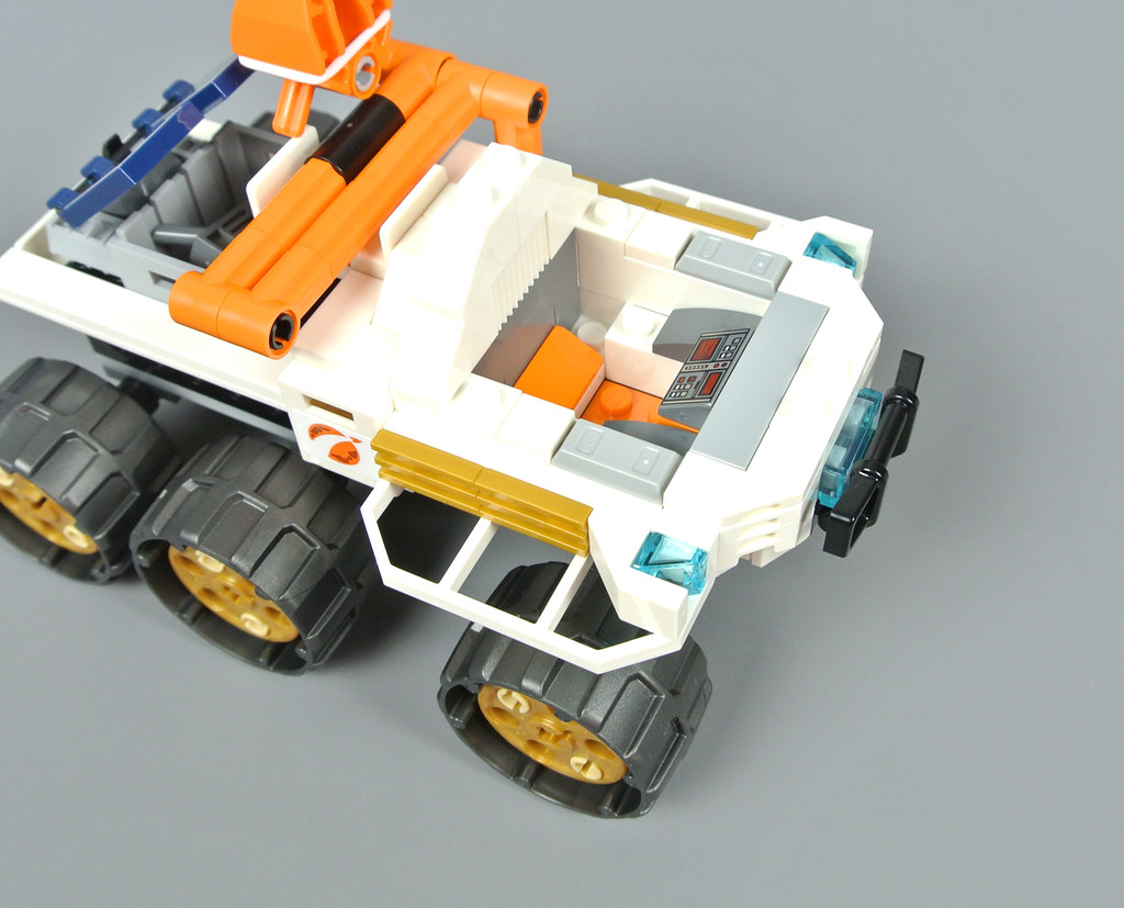 lego lot of 12 pieces black plastic tires axles 4 sets total space nasa moon