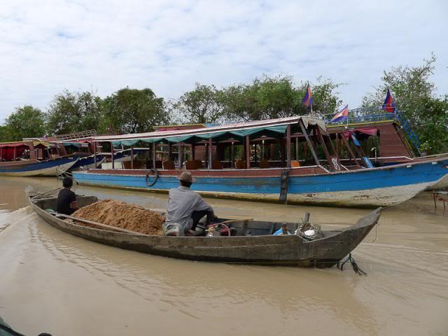 052-Cambodia-Tonle Sap