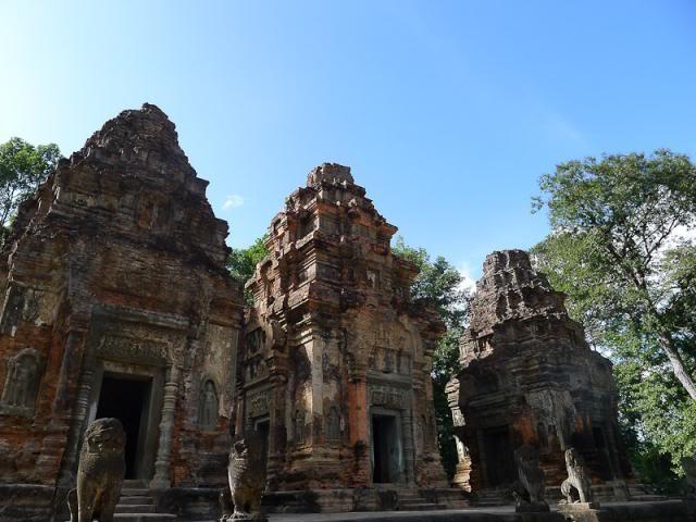 058-Cambodia-Roluos