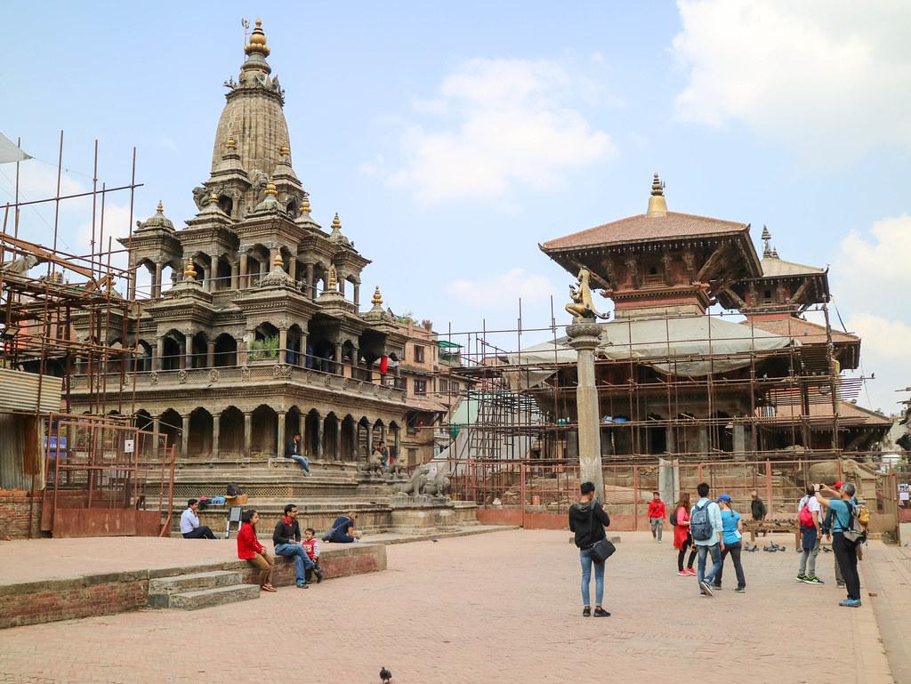 Paseo por la plaza Durbar de Patan