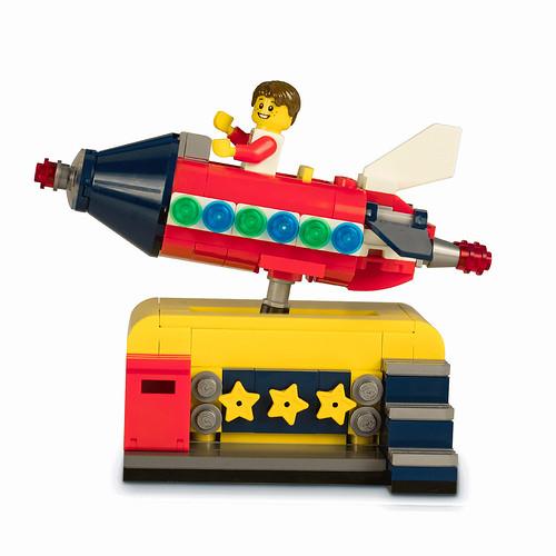 LEGO Ideas Space Rocket Ride (40335)