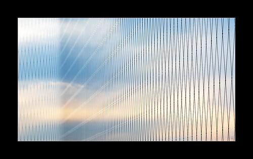 travel international reisen asien asia metal metall net netz sky himmel sunset sonnenuntergang japan hiroshima tower terrace terrasse sicherheit view aussicht city stadt detail bokeh beauty schön cloud wolke point endless endlos connection verbindung depth field tiefenschärfe orizuru