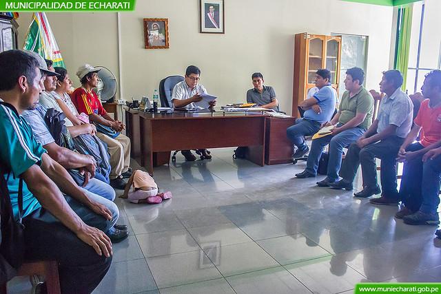 Comisiones de poblaciones lejanas de Echarati fueron atendidas en despacho de Alcaldía