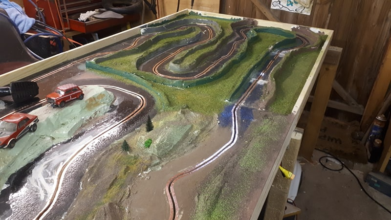 Slot car racing 47961039071_8134b8d48e_c